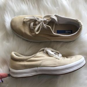 Keds Canvas Classic Sneakers